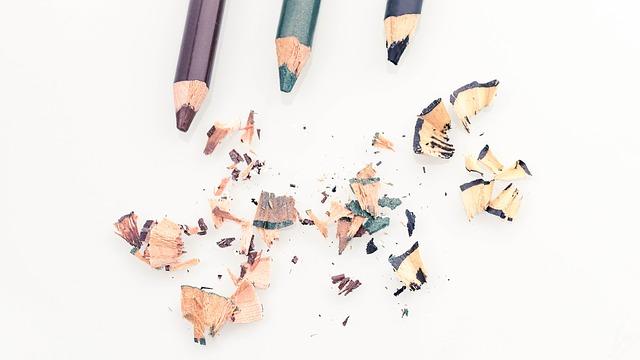 Το μολύβι για τα μάτια