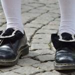 Για τα γδαρσίματα στα μαύρα παπούτσια