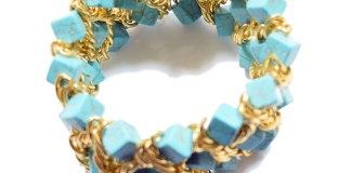 Για να μη μαυρίζουν τα ψεύτικα κοσμήματα