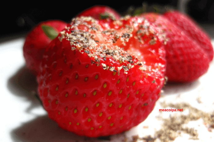 Γιατί πιπέρι στις φράουλες;