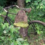 Κρέμασαν στον τοίχο το ποδήλατο