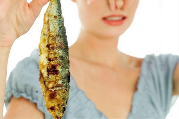 Διώξτε τις μυρωδιές από ψάρι, μούχλα κτλ. στην κουζίνα