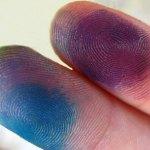 Μελάνι στα δάχτυλα