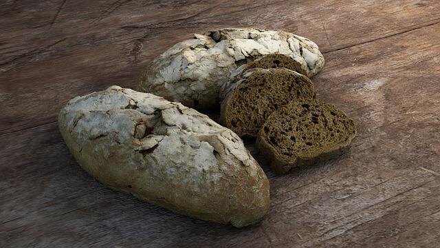 το ξερό ψωμί δεν το πετάς