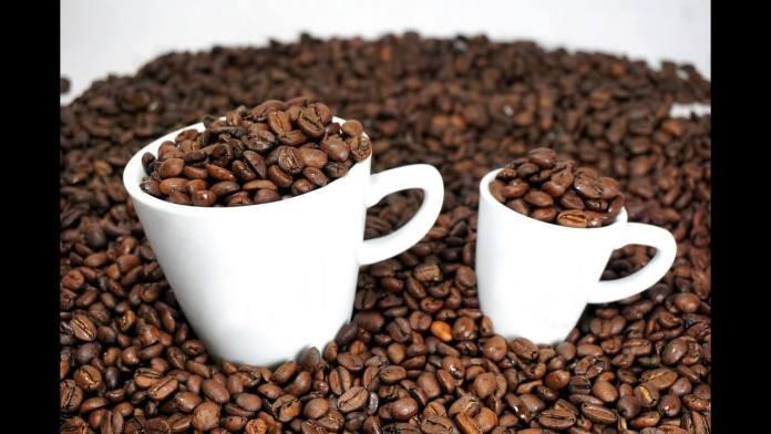 Λεκές από καφέ – 7 + 2 κόλπα για να τον εξαφανίσεις