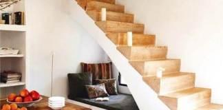 Εκμεταλλεύσου το χώρο κάτω από τη σκάλα