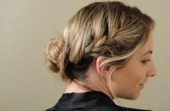 Ένα εύκολο και γρήγορο χτένισμα για μακρύ μαλλί