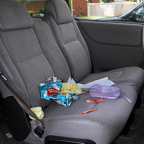 Για να παραμένει καθαρό το αυτοκίνητο και χωρίς σκουπίδια