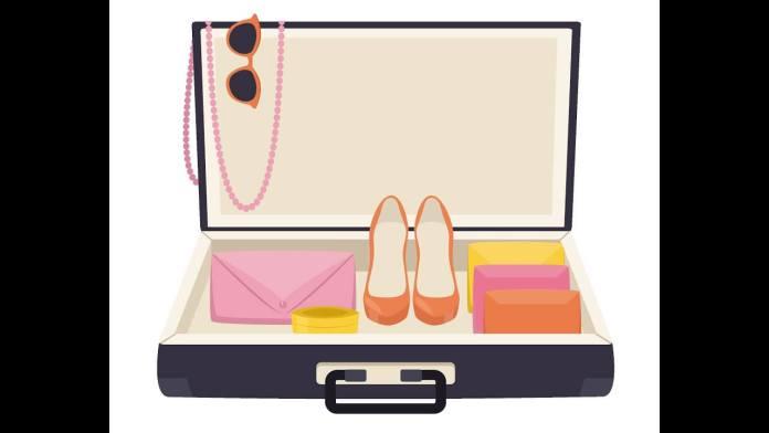 Κερδίστε χώρο στη βαλίτσα διπλώνοντας σωστά τα ρούχα
