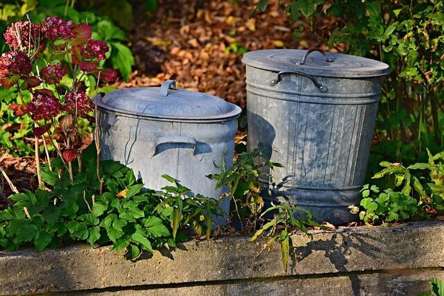 Για να μη μυρίζουν τα σκουπίδια, υπάρχει κόλπο