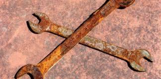 Πώς να αφαιρέσετε κηλίδες σκουριάς από τα εργαλεία