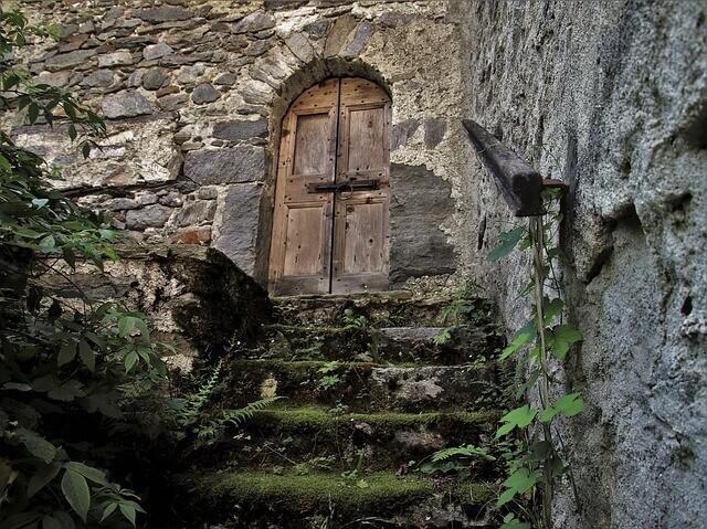 Μια πόρτα που έγινε τραπέζι
