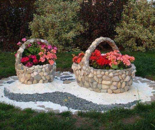 Βραχάκια, πέτρες και βοτσαλάκια για όμορφες κατασκευές στον κήπο