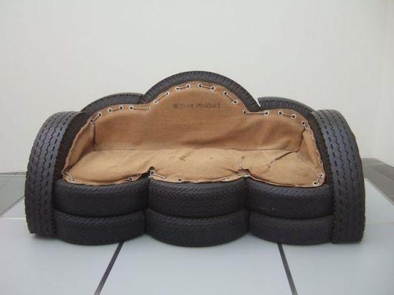 Πρωτότυπα καθίσματα φτιαγμένα από ελαστικά αυτοκινήτων