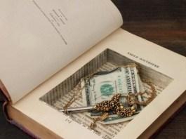 15 κατασκευές - χρήσεις με εφημερίδες και παλιά βιβλία
