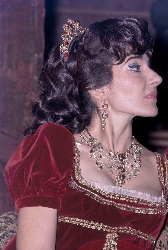 Μαρία Κάλλας Χ8
