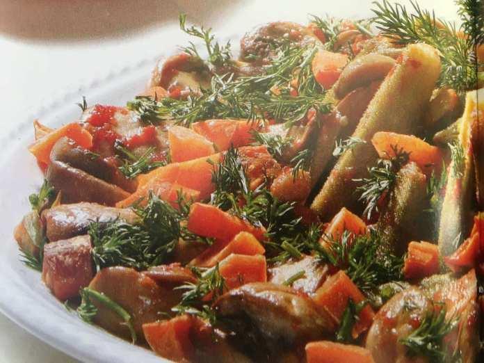 Μπάμιες με μανιτάρια & άνηθο – συνταγή
