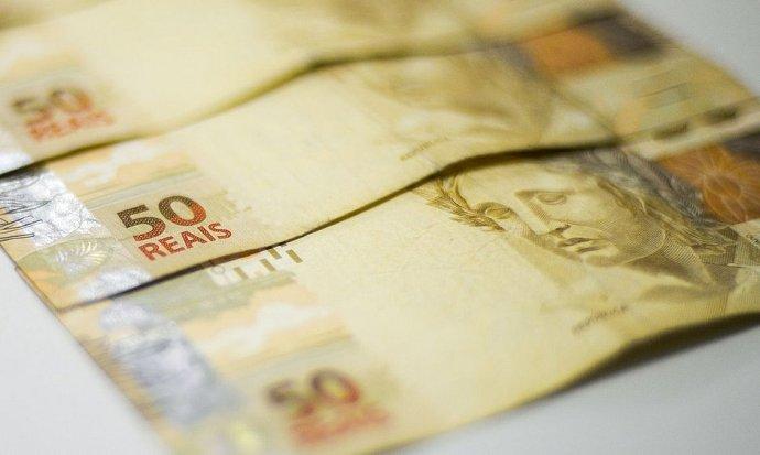 falsificava dinheiro