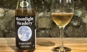 Moonlight Meadery Sumptuous Review