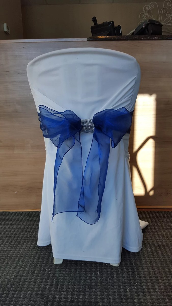 Chair cover with bow