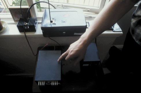 Radio transmitter 1 - courtesy of Veronica Kits, 1999