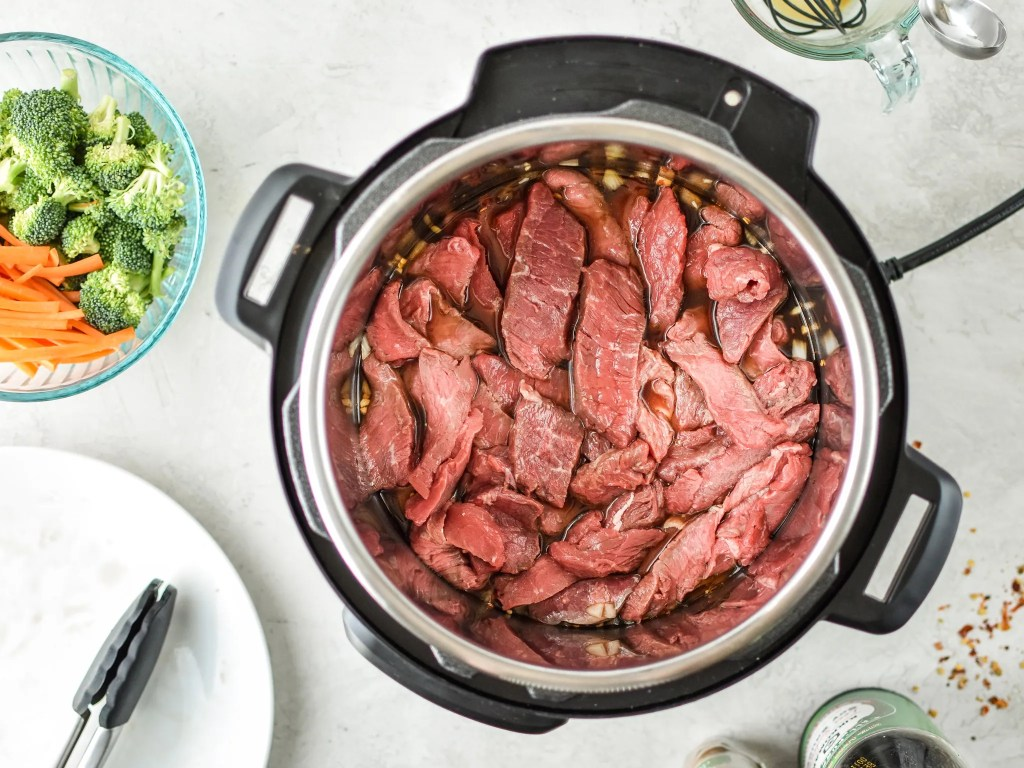 8 Minute Spicy Beef and Broccoli {Pressure Cooker}