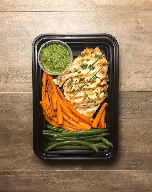 Pesto Chicken with Green Beans and Carrots