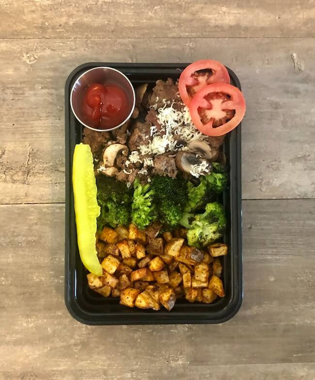Read more about the article Pepper Jack Cheeseburger Bowls