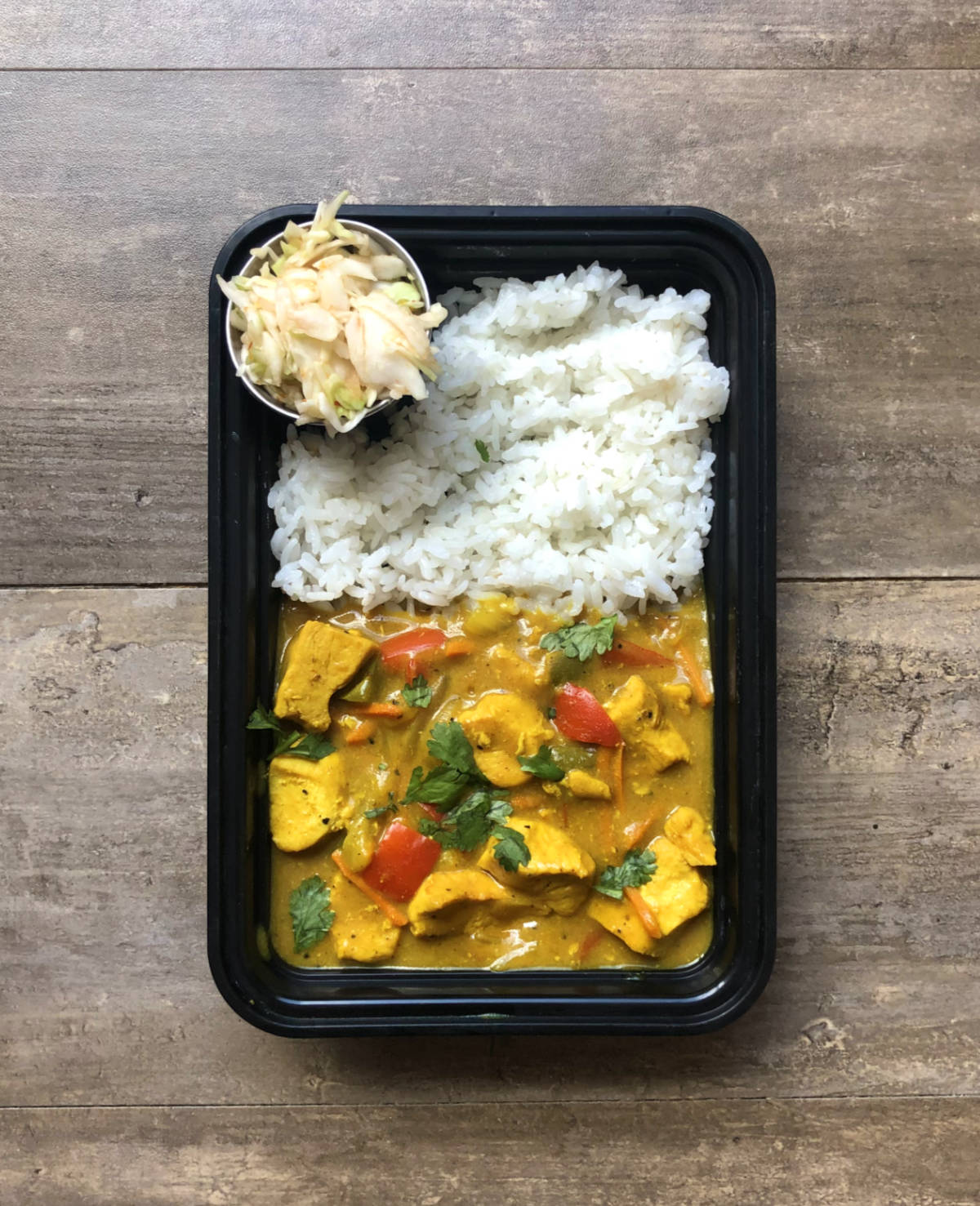 Read more about the article Yellow Coconut Curry Chicken