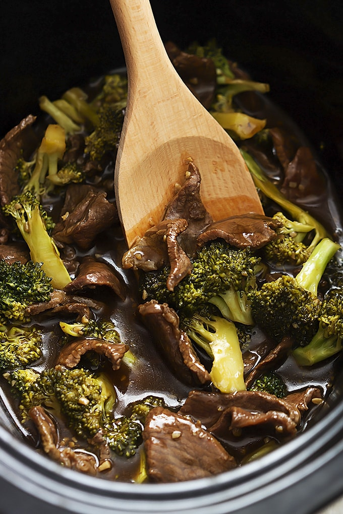 paleo slow cooker beef and broccoli