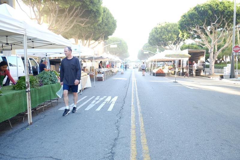 empty farmers market
