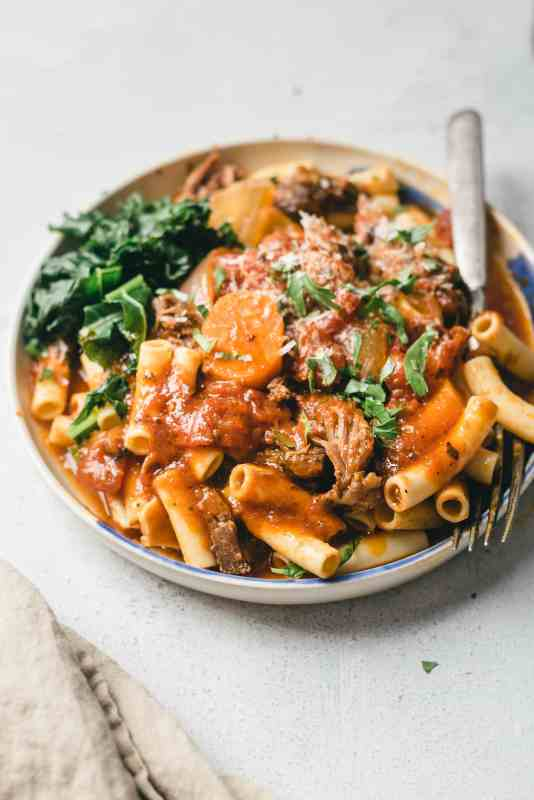 Slow Cooker Beef Ragu Pasta Meal Prep