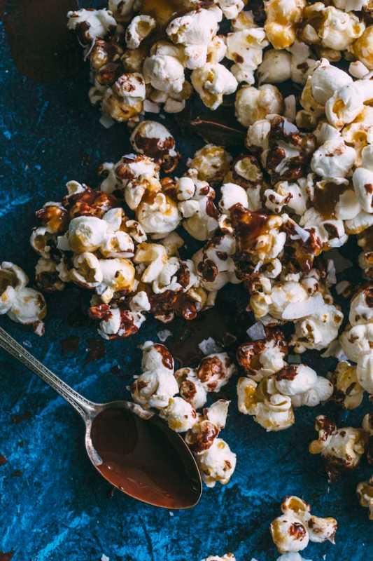 Vegan-Samoa-Popcorn-1