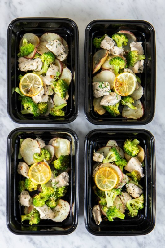 whole30 sheet pan lemon and herb chicken