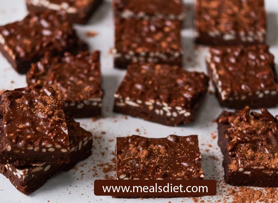أفضل قضبان شوكولاتة كيتو محلية الصنع! 2 جرام صافي الكربوهيدرات فقط ...