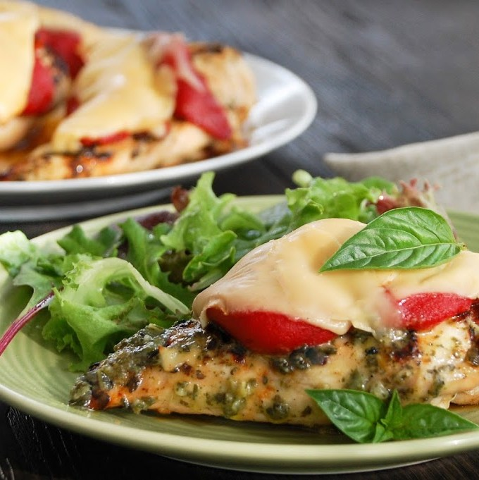 Grilled Pesto Chicken with Gouda & Roasted Red Pepper