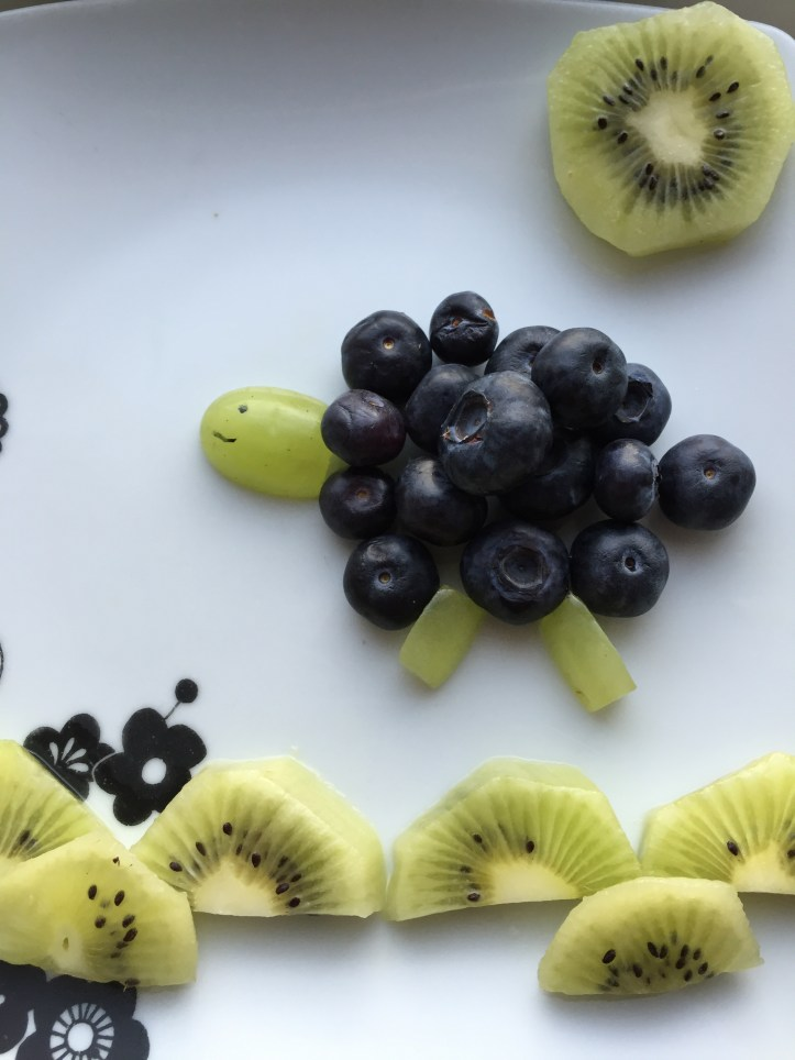 How to Make cute spring easter themed fruit for fussy eaters