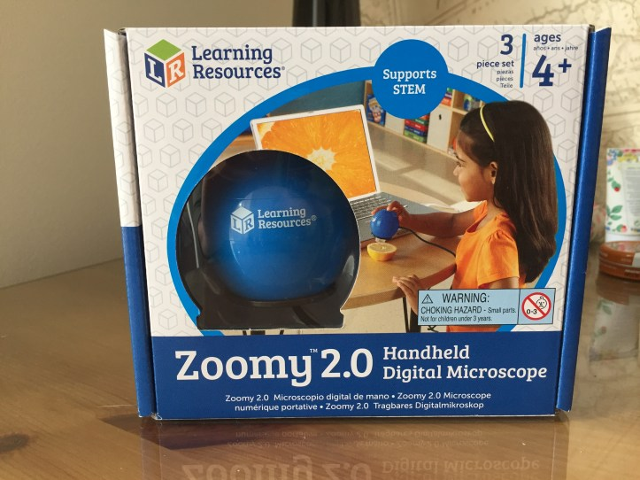 Zoomy 2.0 Handheld Digital Microscope learning resources in box