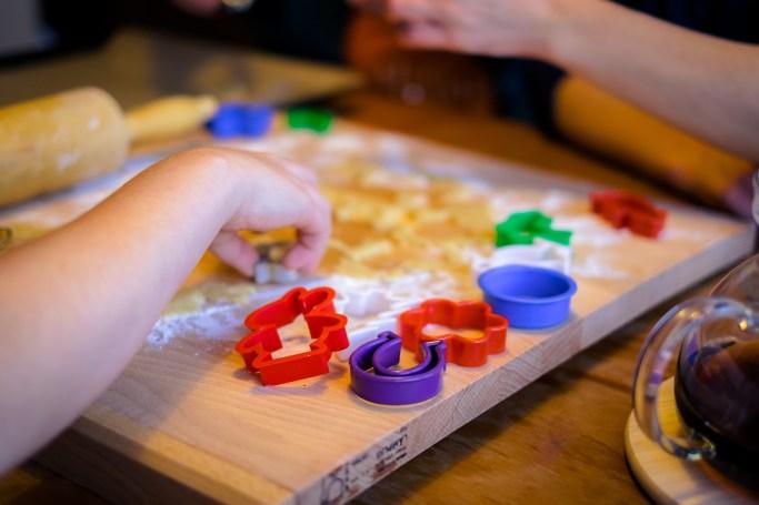 christmas gift ideas for kids non toy baking set