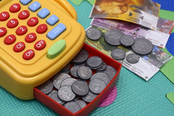 play toy money