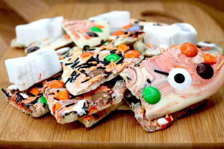 super easy sweet treats, cookies, and recipes for halloween - chocolate bark