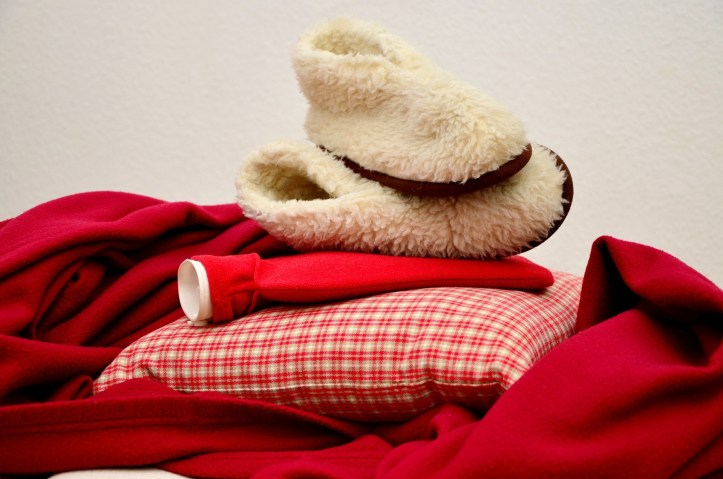 tips and tricks for keeping warm when camping and caravan holidays