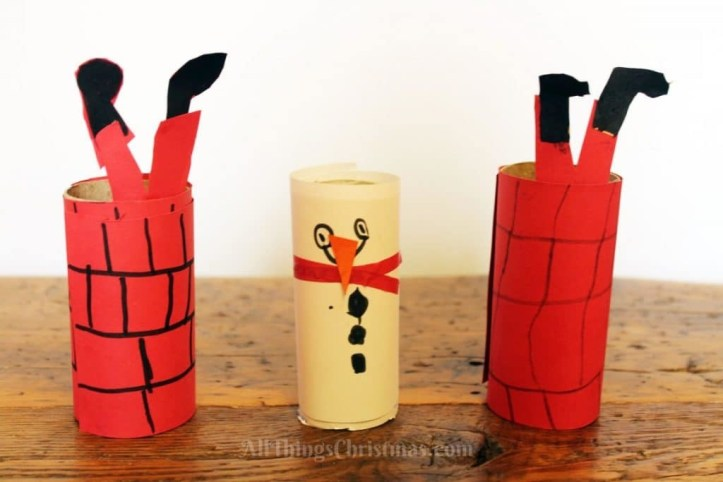 Christmas activity to make with kids - easy toilet roll christmas crafts