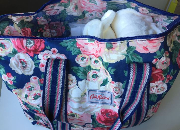 What to pack in your hospital bag when you have a c section