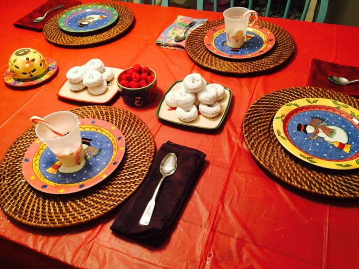 elf on the shelf arrival breakfast idea - table laid out for breakfast