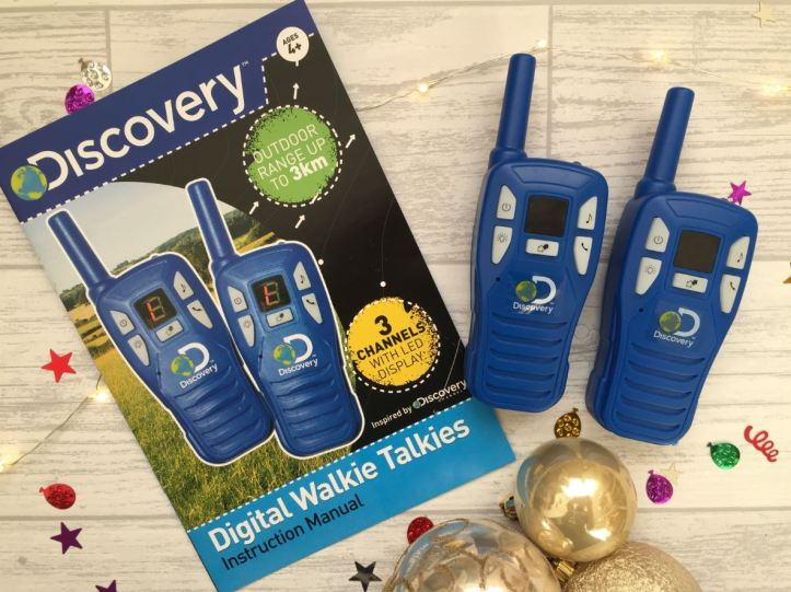 'Discovery' Digital Walkie Talkies Review - in box and the handsets