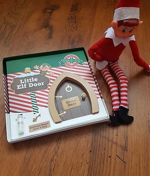 elf on the shelf arrival door