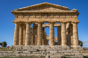 A look at an incredible temple in Paestum Italy