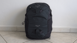 Video Review – The Osprey Daylite Travel Backpack from a full time, 2 bag, travelers point of view.