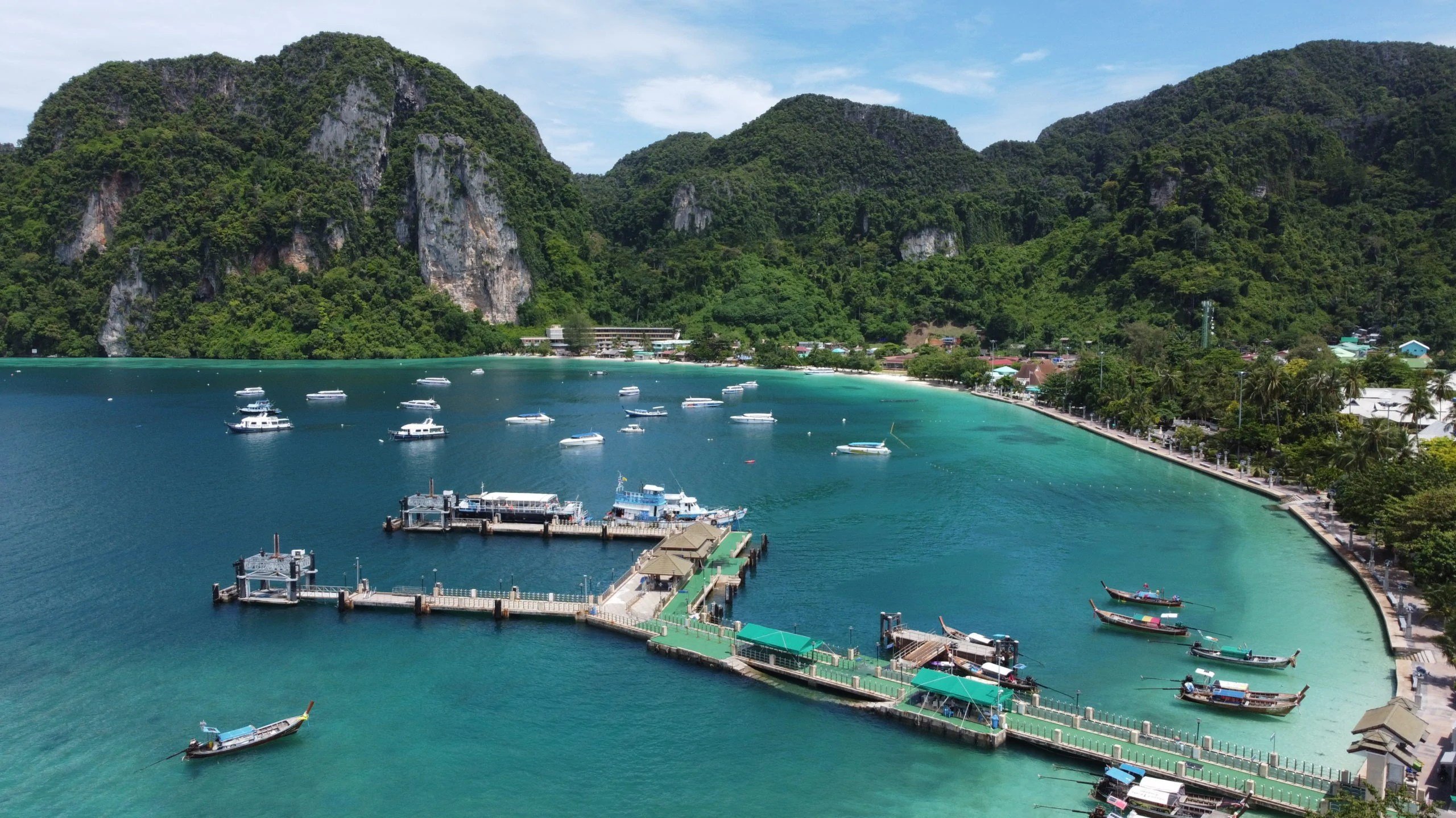 Read more about the article June/July 2021 Koh Phi Phi Thailand